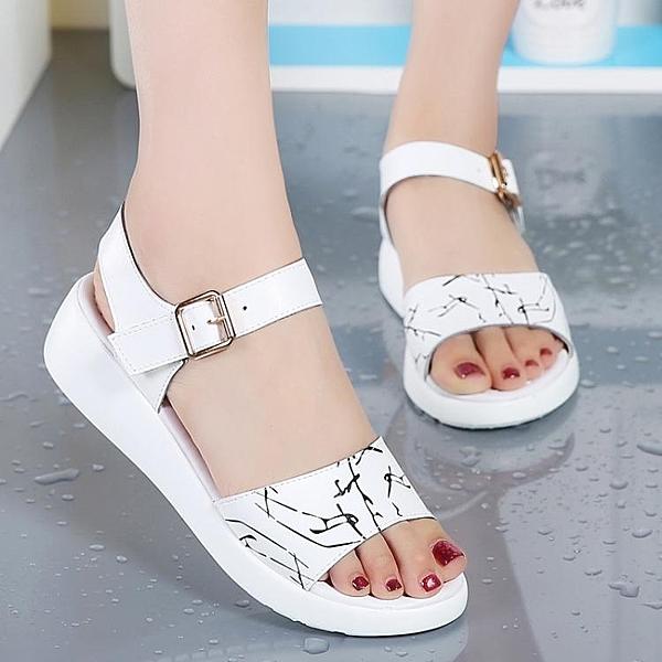 女童涼鞋 新款時尚夏天皮質公主鞋子15歲女孩軟底涼鞋 淇朵市集