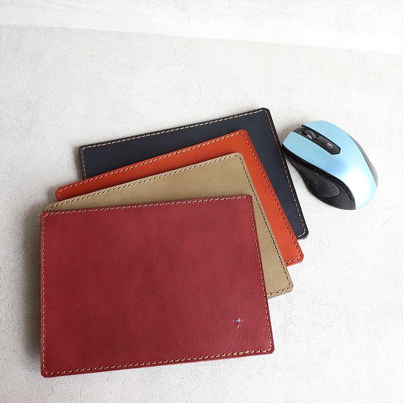 [日本製造的皮革製品] 油皮鼠標墊規格ols-5 [請從以下產品類型中選擇顏色]