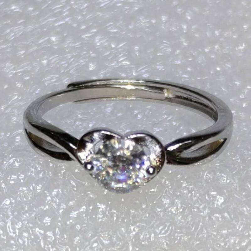 s925銀鍍白金莫桑石0.4克拉仿真d色鑽石戒指(8)