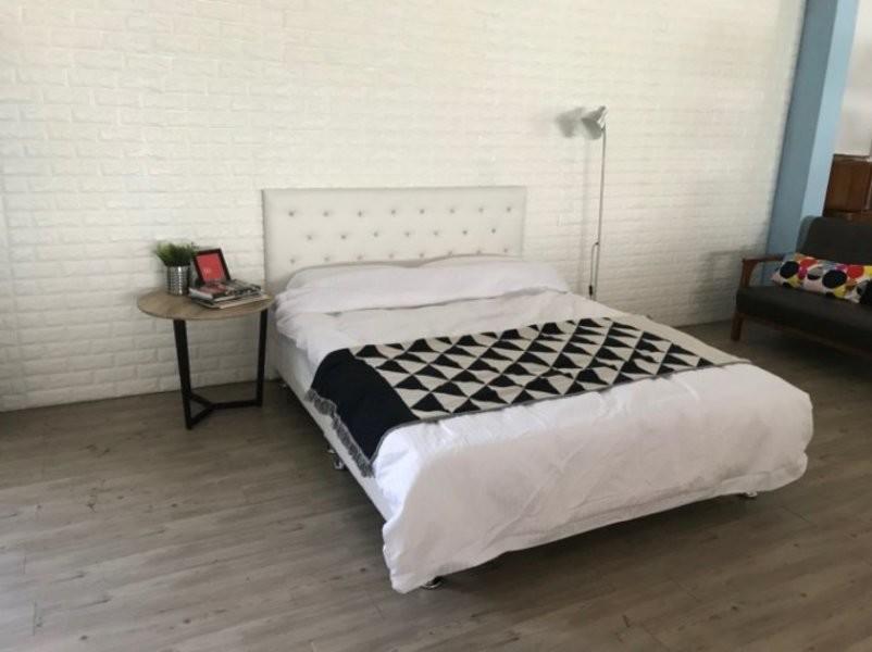 新精品 gzs-28 時尚水鑽5尺皮面床片+皮面床底 黑白兩色 套房出租 日租套房 台北到高雄滿