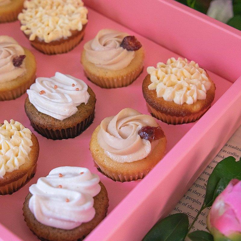 【心意滿滿】12入迷你杯子蛋糕/五種口味一次滿足