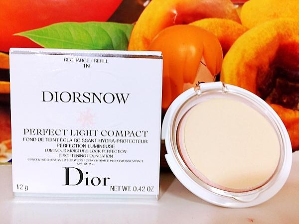 Dior 迪奧雪晶靈透亮UV粉餅蕊(只有蕊) #010 (雪晶靈透亮水霧光粉蕊1N) 12g 百貨公司專櫃正貨盒裝