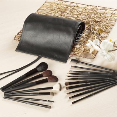 Galatea葛拉蒂 鑽顏系列 長柄黑原木18支裝專業刷具組