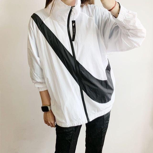 IMPACT Nike Sportswear Swoosh 白底 黑字 薄款 運動 外套 風衣 BV3686-100