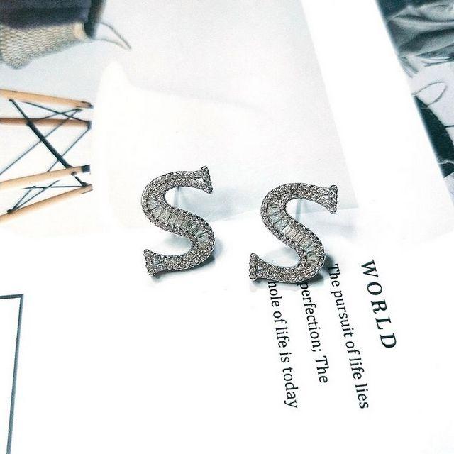 【I JEWELRY】頂級手工純銀訂製系列 歐美流行英文S字母頂級鋯石純銀耳環