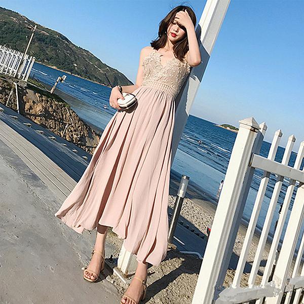 Qmigirl 露背吊帶鏤空蕾絲連身裙 海邊度假沙灘裙 長裙 洋裝【WT2398】