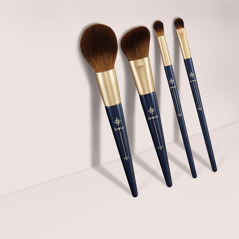 【輕膚細緻】Gorgeous 專業化妝刷具4件組蜜粉刷+腮紅刷+眼影刷