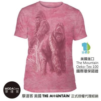 摩達客-美國The Mountain都會系列 非洲大猩猩粉紅底 中性修身短袖T恤