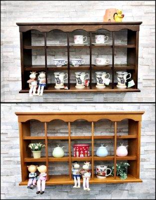 實木15格壁架 波浪型咖啡杯架 可掛壁可放桌上 原木吊櫃格子壁櫃CD架裝飾品櫃櫥窗展示陳列架公仔收納促銷款式【歐舍傢居】