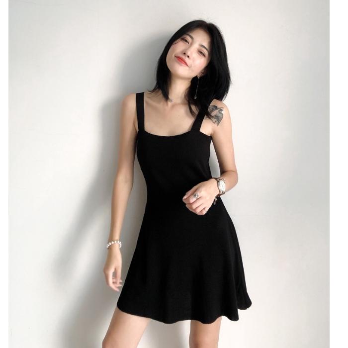 [嬌戀主角]黑色針織小可愛洋裝打底顯瘦合身泫雅風壹字肩法式小可愛仙女裙