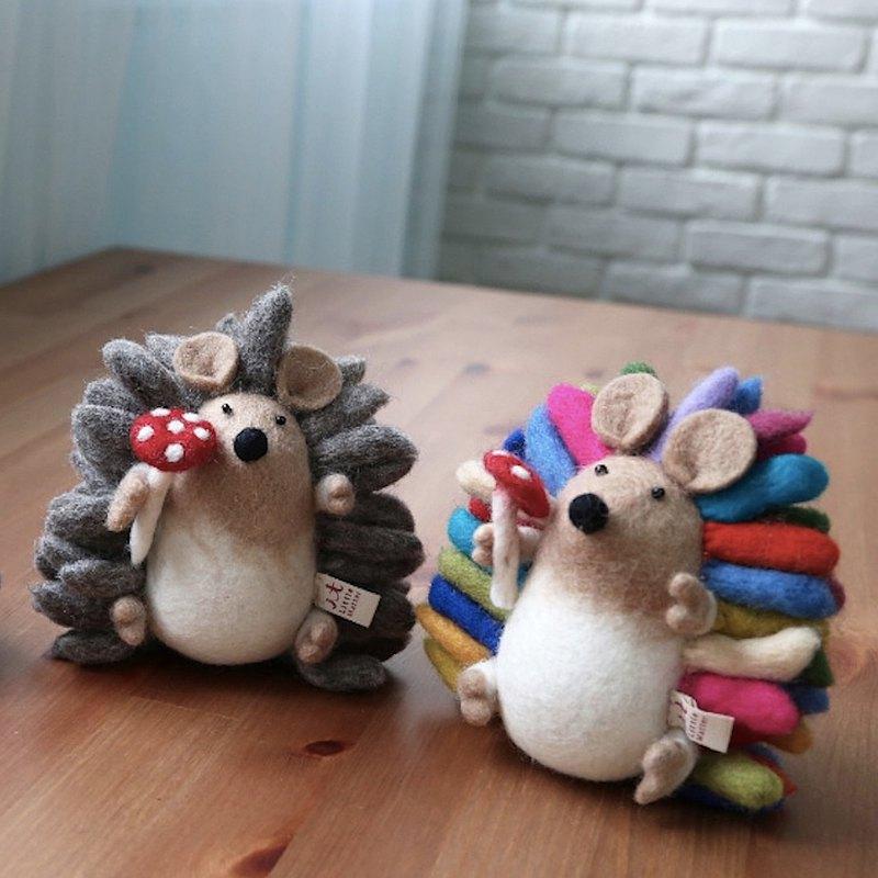羊毛氈玩偶・蘑菇刺蝟