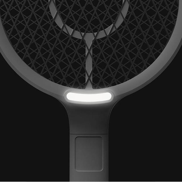 黑暗中也能打蚊子!可貼合牆面**三層安全電網* 【PAIPAI LED】 燈照明電蚊拍 - USB充電 (共3色可選)