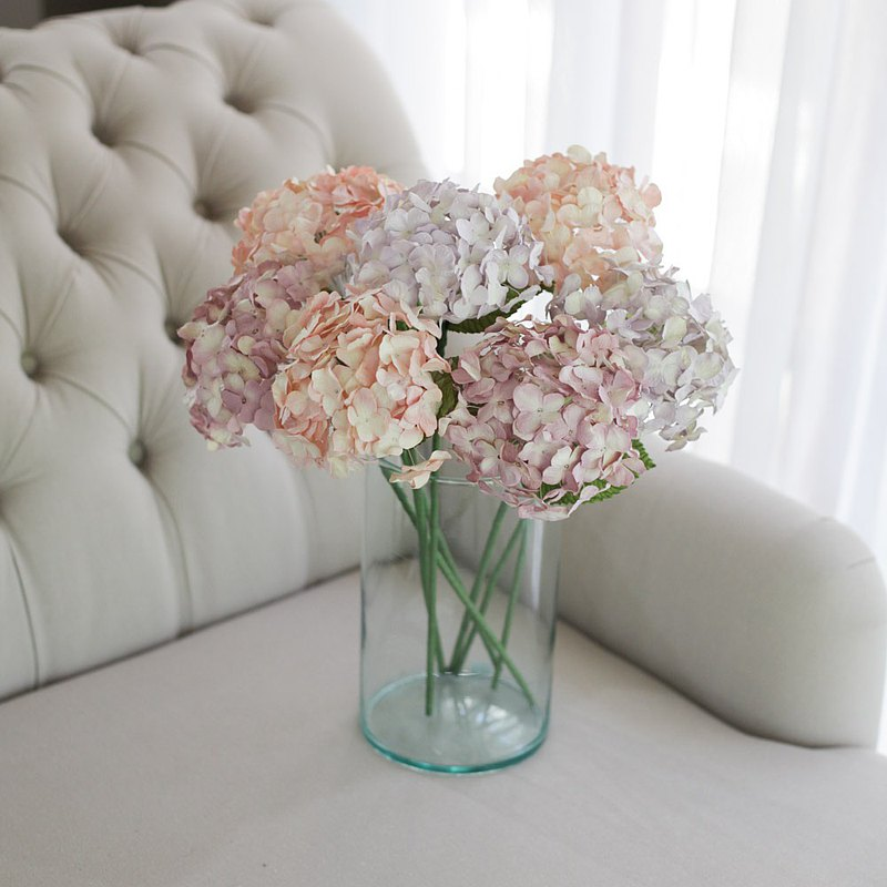 蓬鬆的粉紅色繡球花-中等Posie居室,適合家庭裝飾