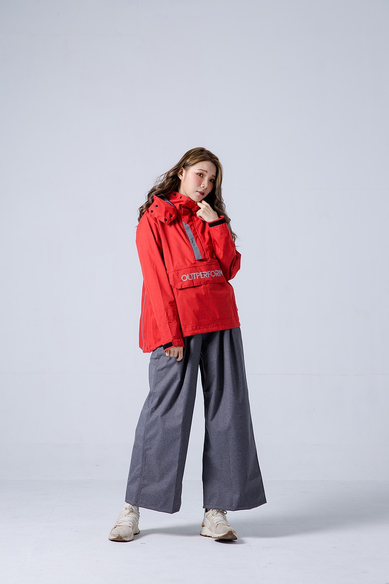 揹客 Packerism 套式背包款衝鋒雨衣搭配寬褲-緋紅