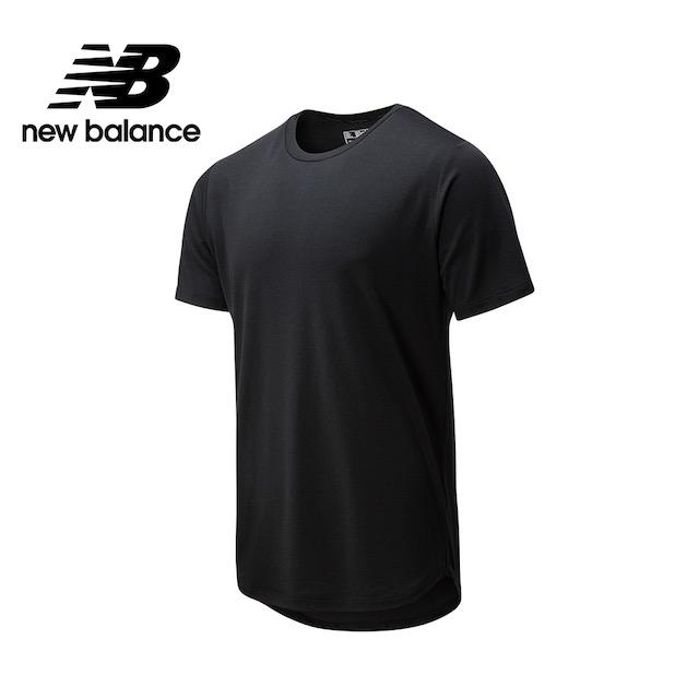 【New Balance】NB DRY 四面彈網眼短袖上衣_男性_黑色_AMT01149BK