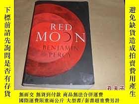 二手書博民逛書店Red罕見Moon(紅月亮) 英文原版6910 benjamin