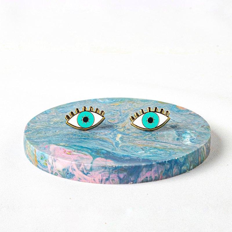 Eye enamel earring