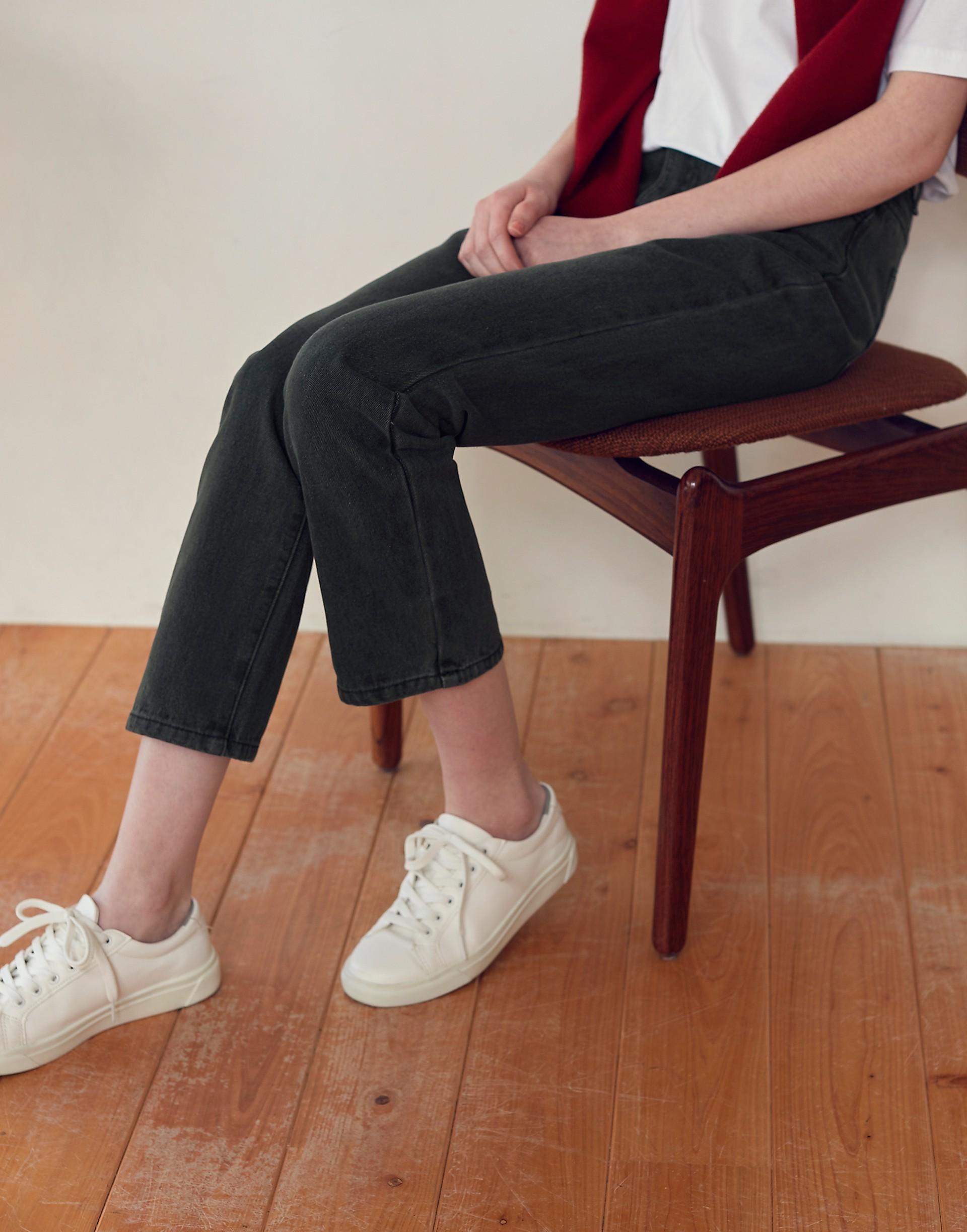 Genquo+時髦復古直筒牛仔褲-女
