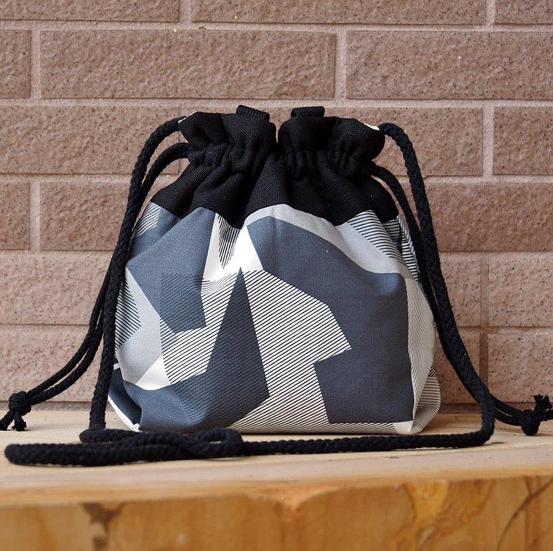三合一肩背/斜背/手提束口水桶包 ~ 幾何圖案(A74)