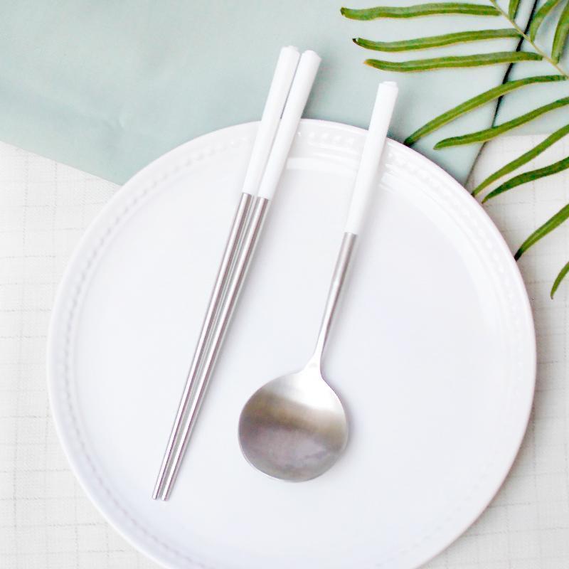 台箸【KUAI ZHU】不銹鋼餐具組花瓣1組入-淨白