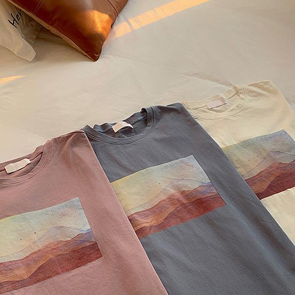 MUMU【T14703】抽象風景油畫印花T上衣。三色
