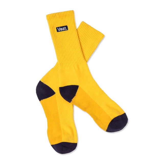 美國加州Vast香蕉黃滑板襪