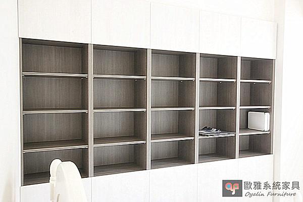 【系統家具】一字型展示收納櫃