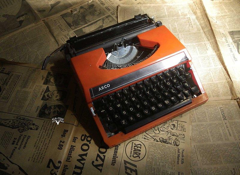 【老時光 OLD-TIME】早期打字機 (橘紅色/偏橘色)