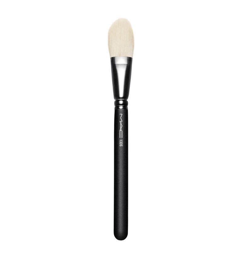 Mac 133 Small Cheek Brush
