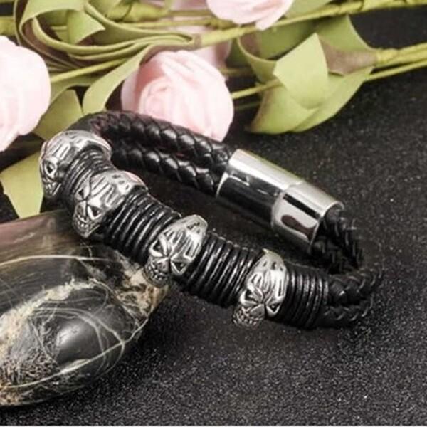 米蘭精品真皮手環 鈦鋼手鍊-街頭搖滾骷髏頭造型男飾品73cq99