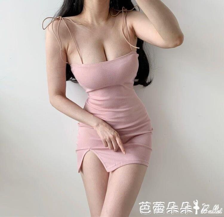 火爆夯貨~歐美時尚度假性感純色細肩帶綁帶流蘇低胸露肩彈力洋裝-