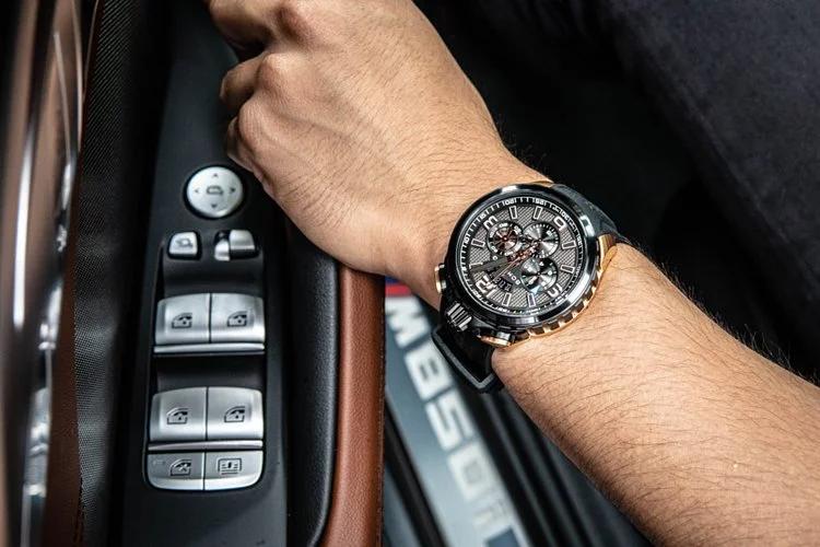 BOMBERG炸彈錶 BOLT-68 Heritage 系列 經典賽車復刻黑金計時碼錶 45mm