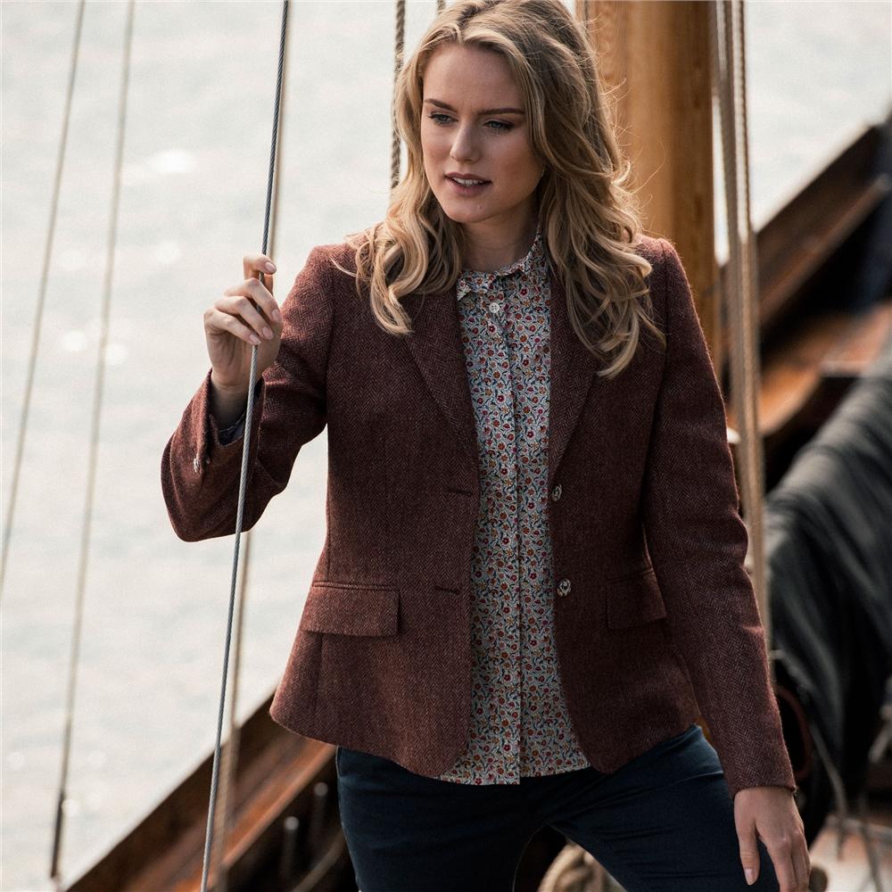 Magee 1866 Raspberry Alicia Herringbone Donegal Tweed Jacket
