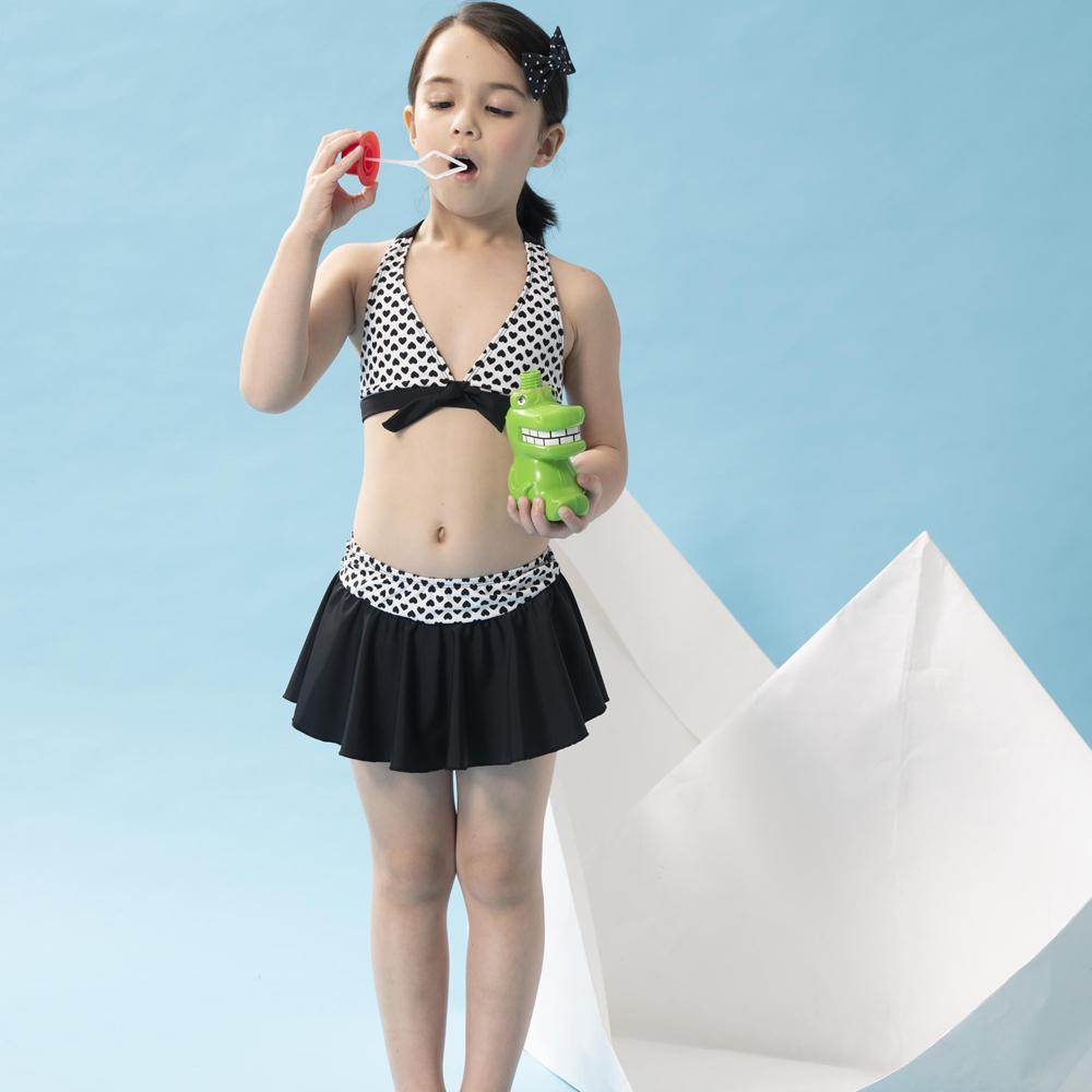【SAIN SOU】女童兩截式泳裝附泳帽A822013
