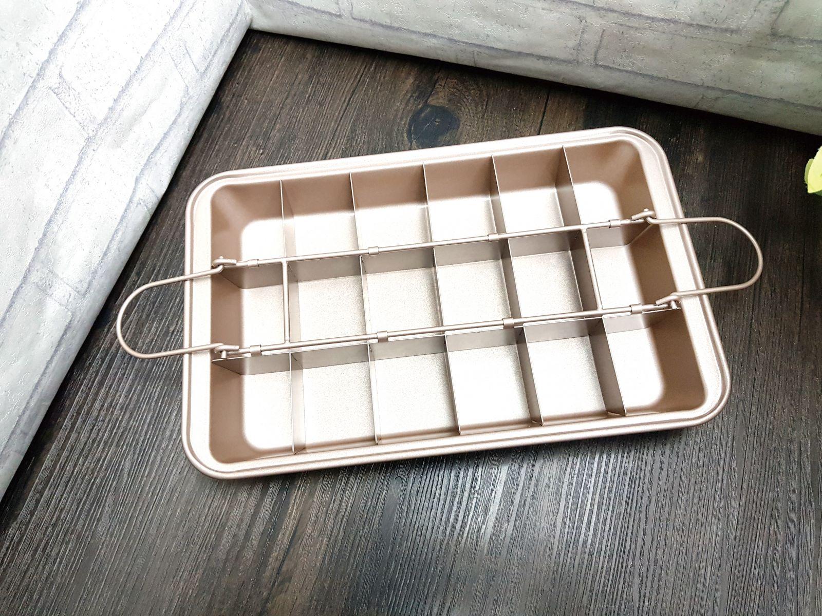 三箭牌多用途18格不沾烤模(G7371) 布朗尼烤盤 蛋糕 派盤 DIY系列 親子遊戲 手作餅乾模型(依凡卡百貨)
