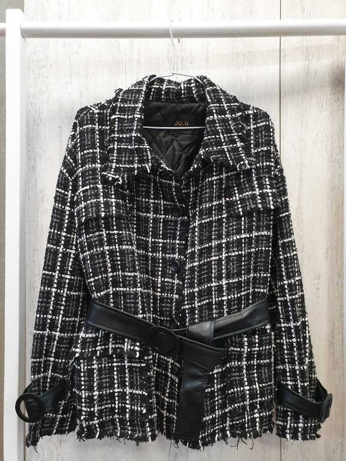 韓國空運-針織外套小香風黑線條