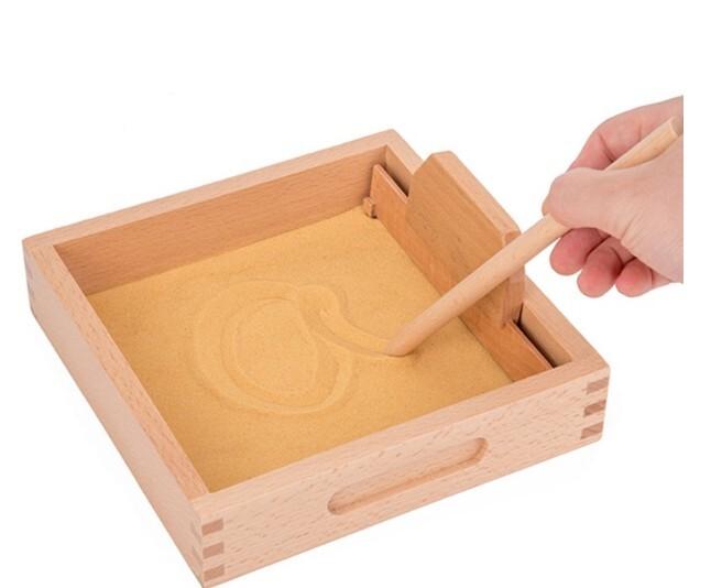 <現貨免等>沙盤寫字畫練習-蒙特梭利教具-木製刮沙盒(白沙)
