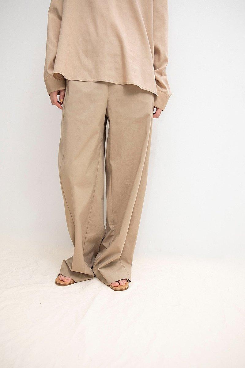 風衣料修飾褲
