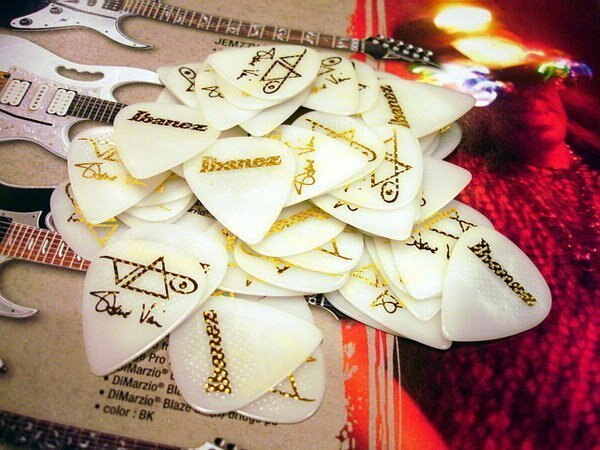 Ibanez Steve Vai 御用簽名款電吉他用 PICK /彈片(表面防滑顆粒設計)【唐尼樂器】