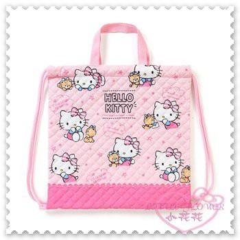 ♥小花花日本精品♥ Hello Kitty 束口袋 縮口袋 置物袋 收納袋 棉布 粉色 坐姿 抱小熊 42156802