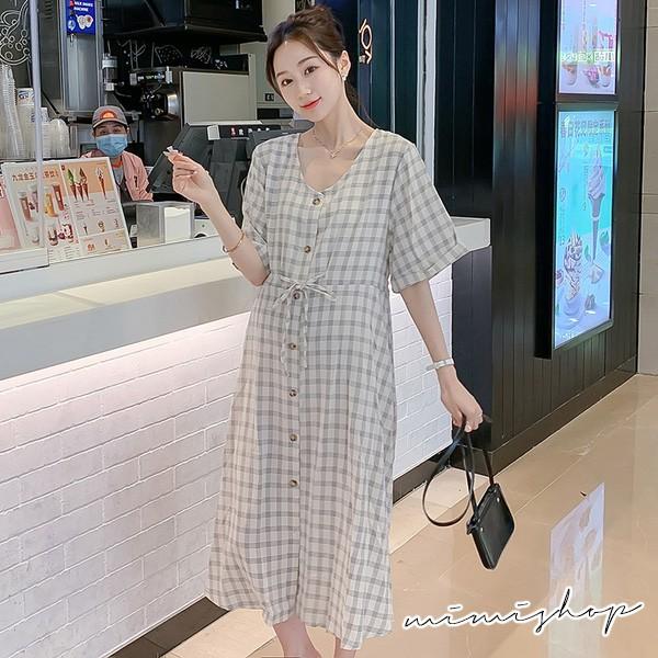 MIMI別走孕婦裝 淡雅復古 格子開扣綁帶連身裙 孕婦洋裝 【P521163】