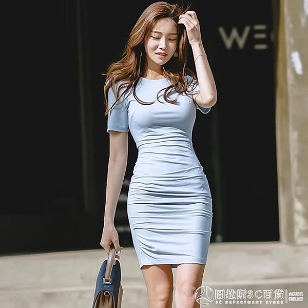 【設計師合作款】夏裝2020新款氣質緊身包臀短袖霧霾藍連衣裙女褶皺奶油L1780 圖拉斯3C百貨