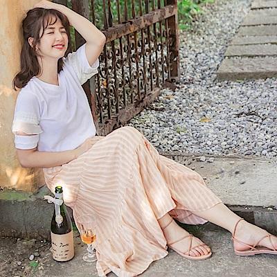 iMODA STAR-臧芮軒。高含棉條紋印花鬆緊飄逸層次蛋糕長裙