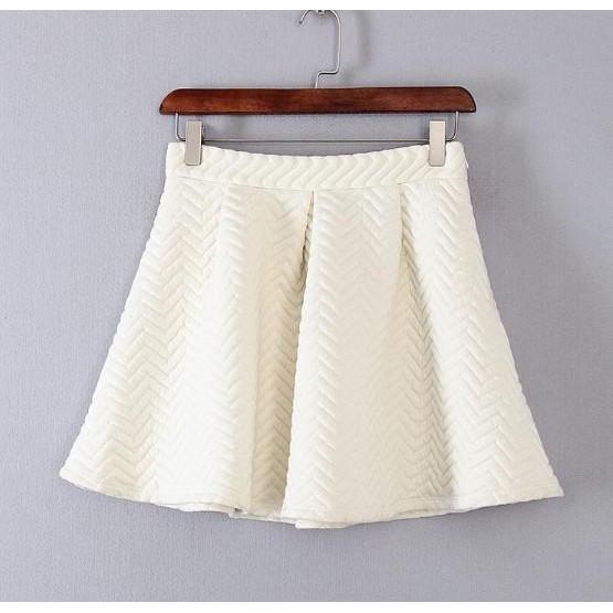 白色棱格小香風休閒短裙