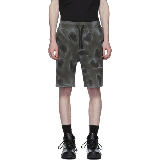 1017 ALYX 9SM 黑色染色图案短裤