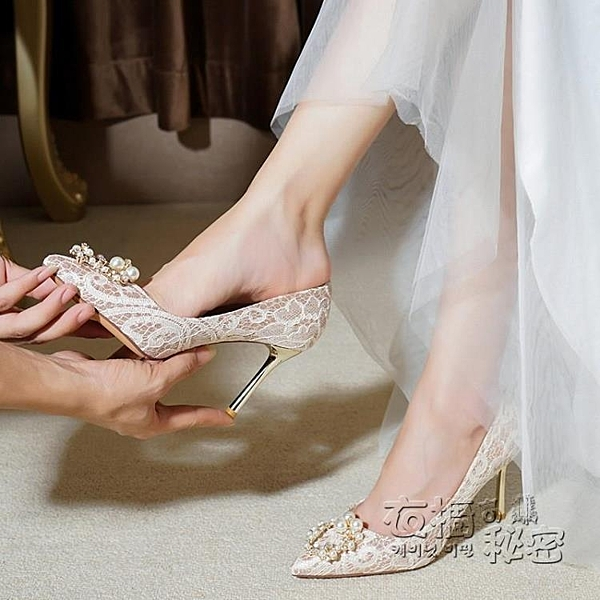 婚鞋女2020新款春秋配婚紗的結婚鞋子新娘鞋香檳色水晶高跟鞋細跟 衣櫥秘密
