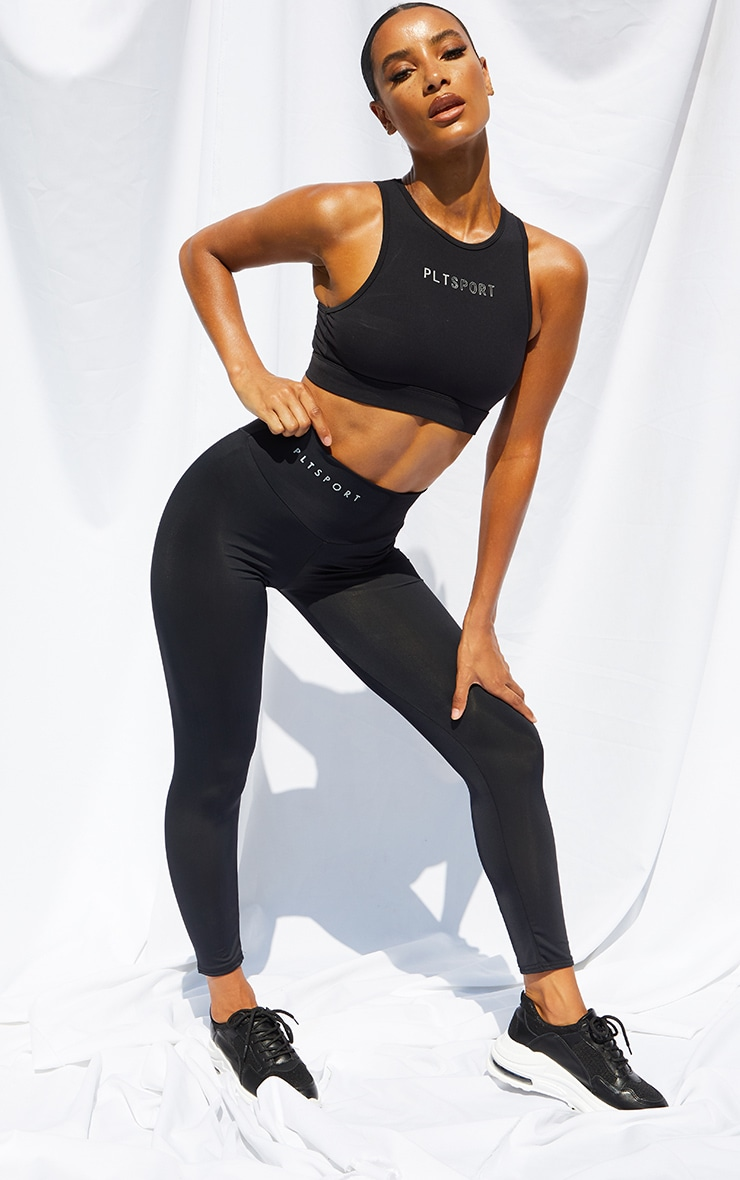 PRETTYLITTLETHING Black Crop Legging