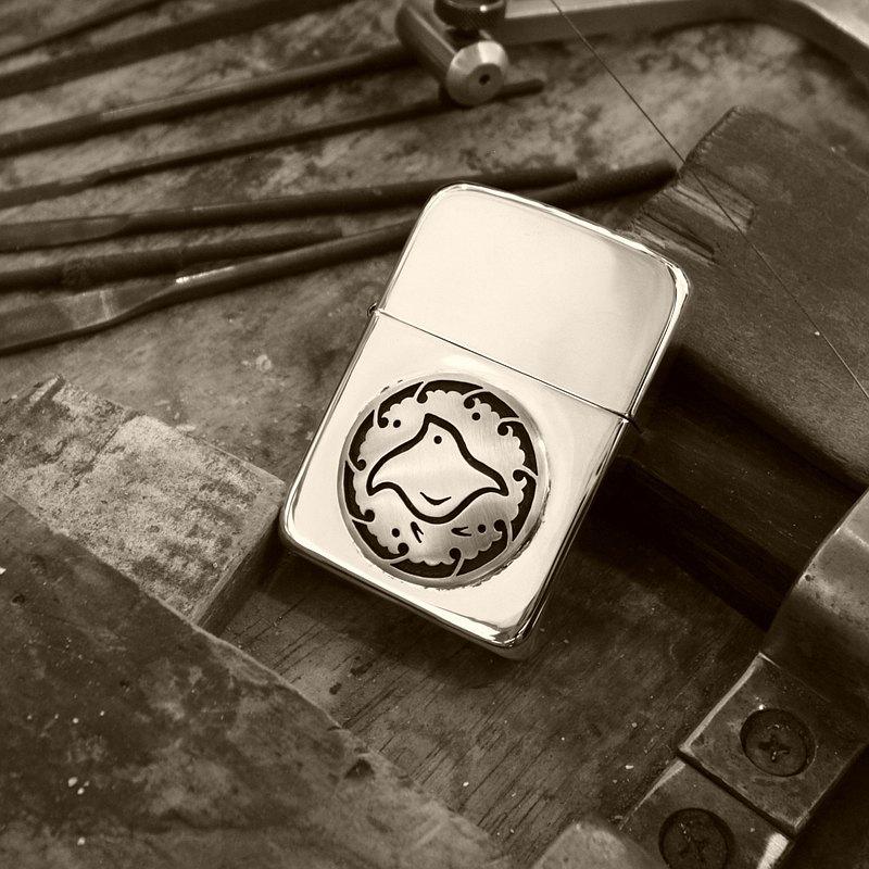 [陰影千鳥波形環上] 1點僅1941年銀Zippo的成年男子的特殊配件日本模式疊加雜誌刊登商品
