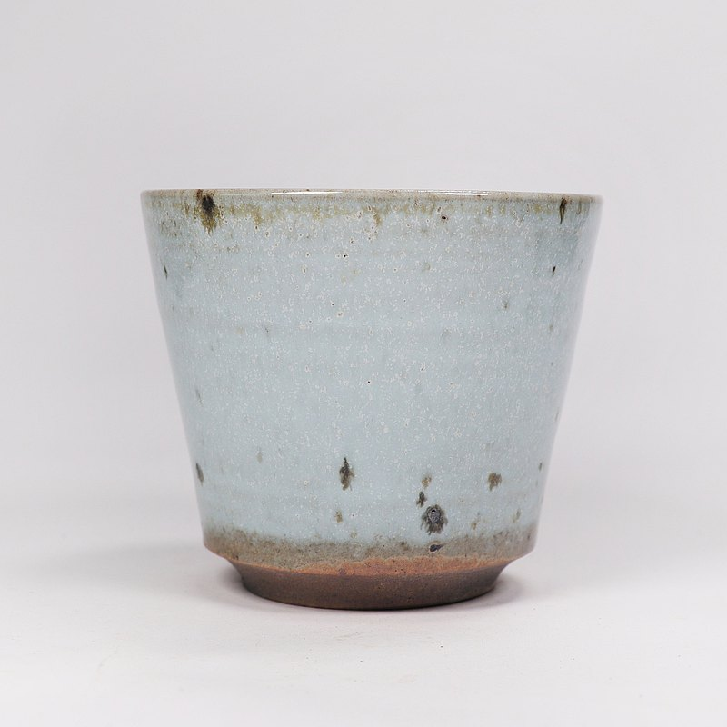 明芽窯 l 柴燒鐵斑原礦汝釉茶杯湯吞