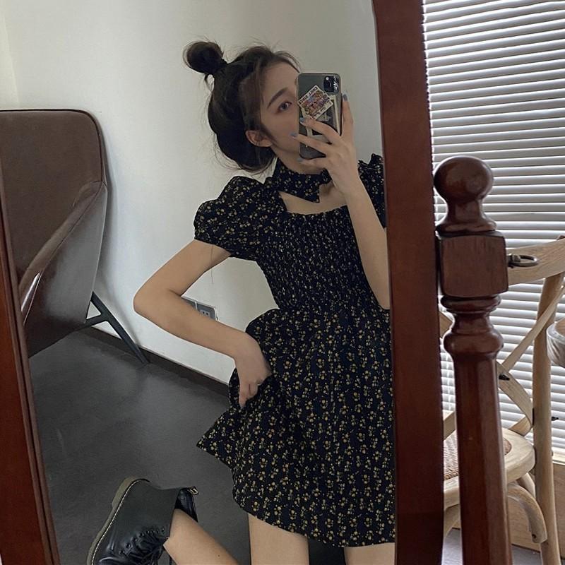 復古碎花連衣裙女夏季韓版氣質收腰顯瘦方領泡泡袖A字裙B163